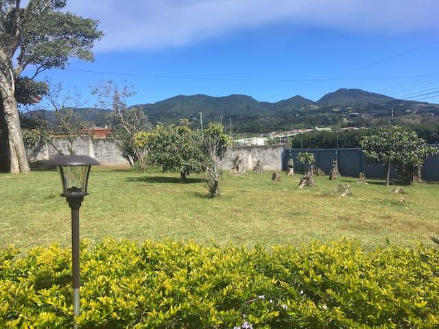 Belle chambre calme en plein nature - San Isidro - Apartment