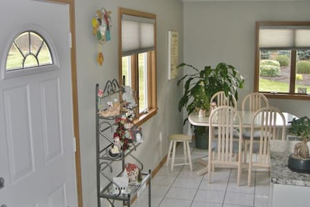 Inviting 1BR Lewiston Apartment - Lewiston - Lägenhet