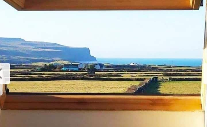 Cliffs View Self Catering @ Limestone Lodge