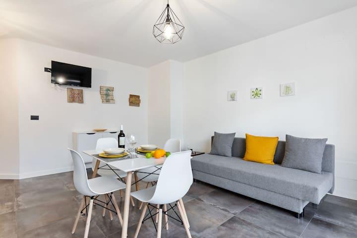 Elegant Apartment in Avola near the Seabeach