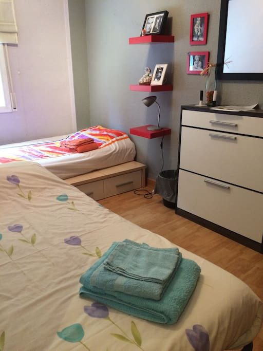 Room 1 with 2 single beds