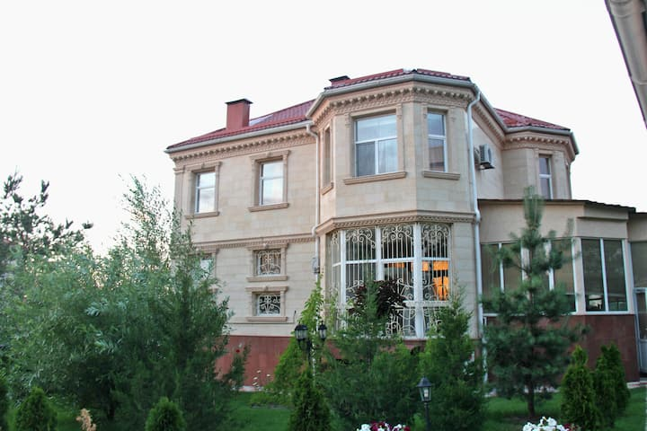 7 Room Elite House in Almaty