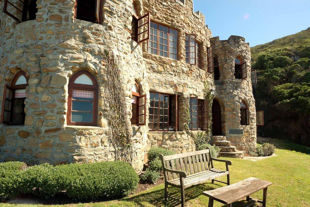 Looking like a castle of Olde