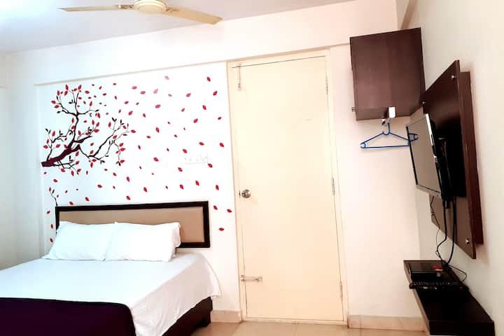 Studio Rooms with Wifi-Balcony-Bannerghatta Road