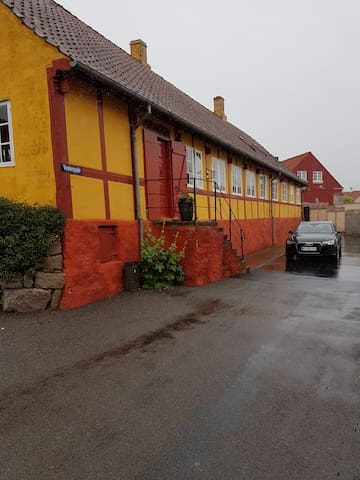 Hyggeligt fredet hus/Charming house/Gasthaus