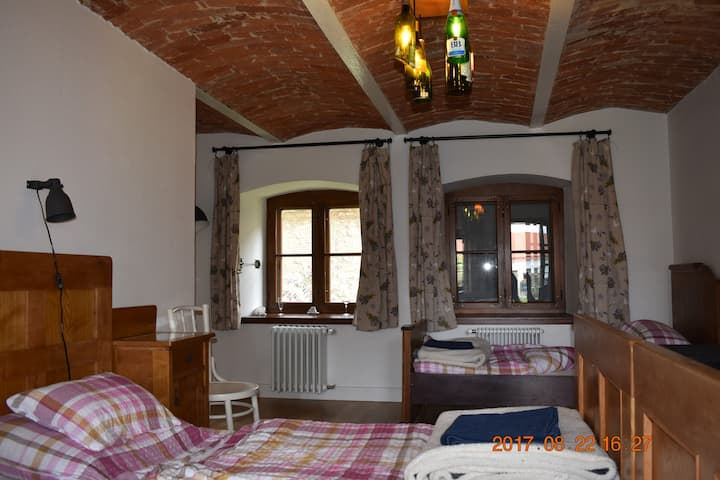 Beautiful farmhouse in Zirc, Room number 4