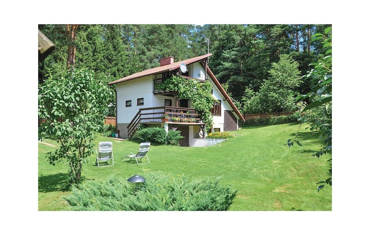 Holiday cottage with 2 bedrooms on 85m² in Jedwabno