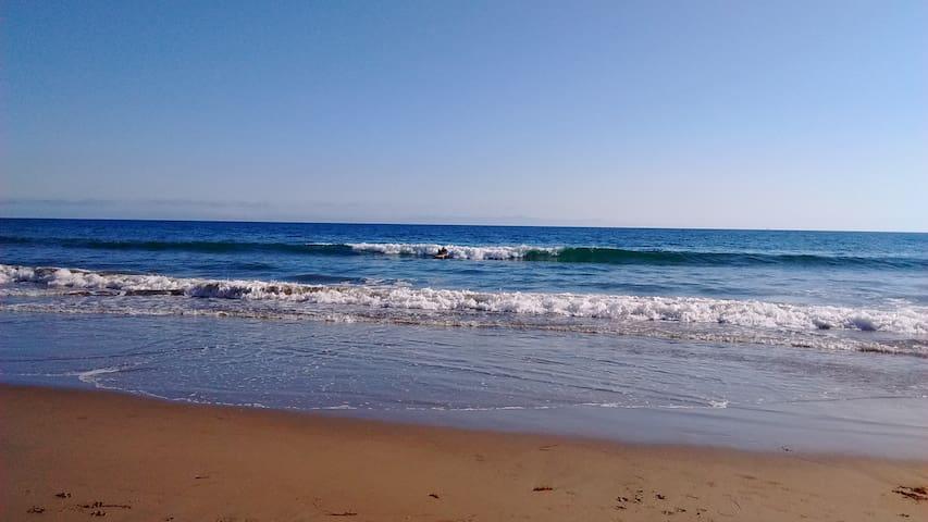 Beach Guest House - La Conchita