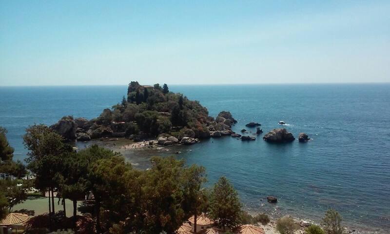 I dintorni: Taormina, Isola Bella