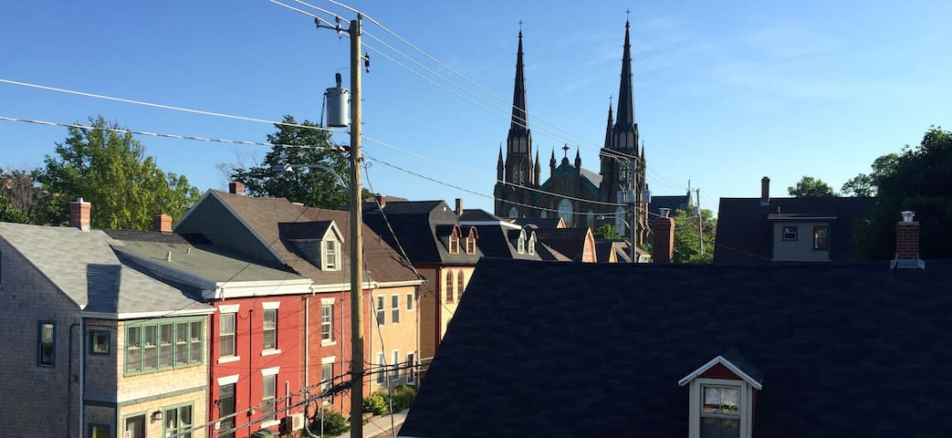 "A ""Princely"" Abode, Downtown Charlottetown - Charlottetown - Huoneisto"