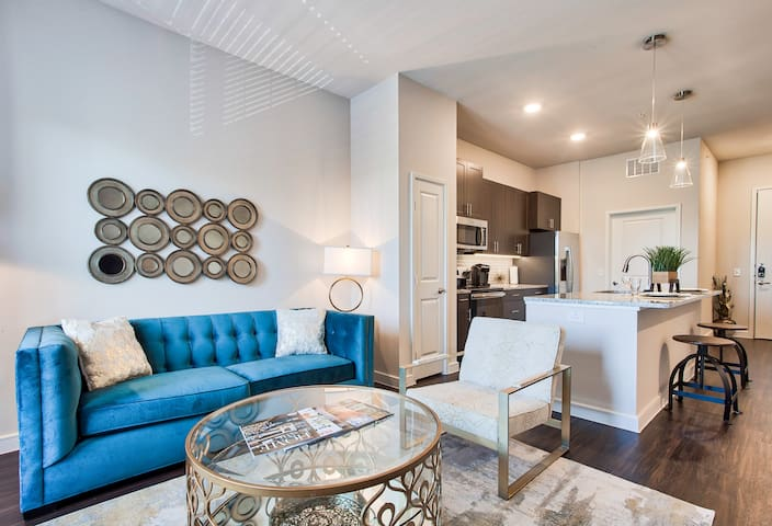 Jefferson Vantage One Bdrm King Suite~First-Class Amenities in Richardson, TX Telecom