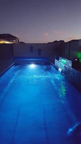 Luxury Retreat - Jindalee