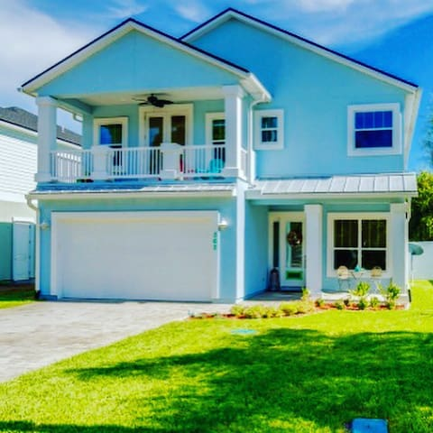 BABY BLUE BUNGALOW DISCOVER YOUR HAPPY PLACE - Jacksonville Beach - House