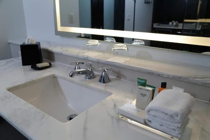 Convenient Double Deluxe Double Bed At Condado