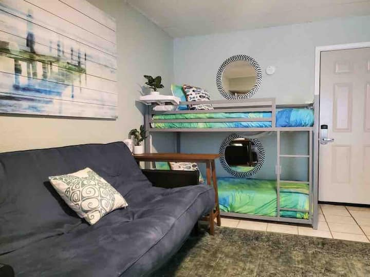 BV227 Hangout Studio with BUNKS for Friends!