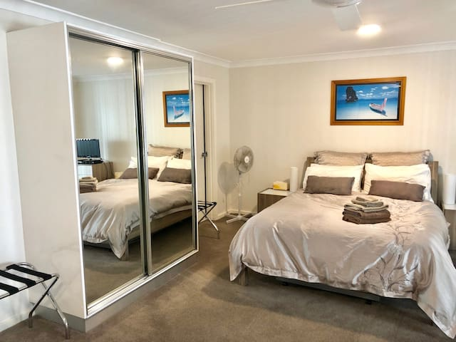 Manly Beach Holiday Apartment