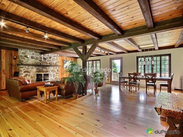 Warm rustic chalet in morin heights - Morin-Heights