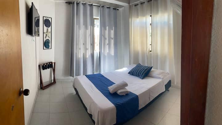 Habitación Doble con baño privado externo.