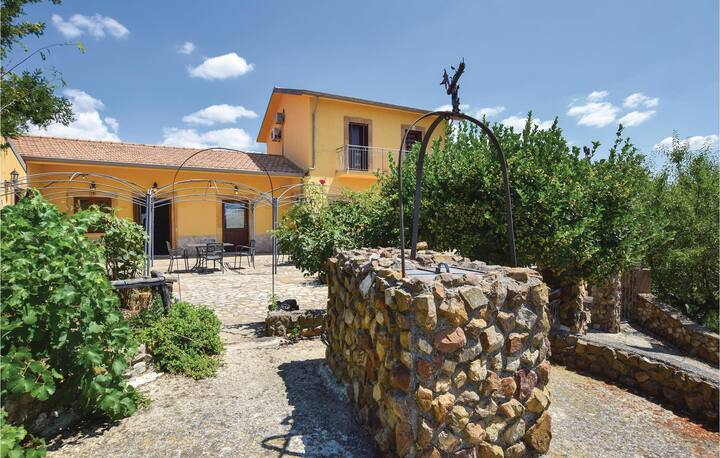 Holiday cottage with 4 bedrooms on 200m² in Nicosia