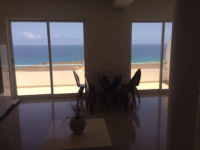 Ocean front townhouse - Sao Vicente - Townhouse