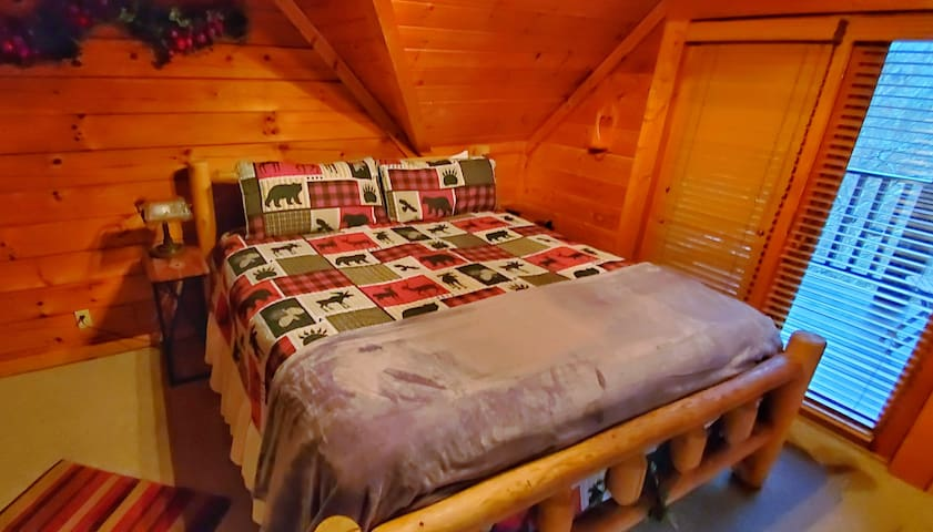 Applejack Hollow Cabin minutes from Pigeon Forge
