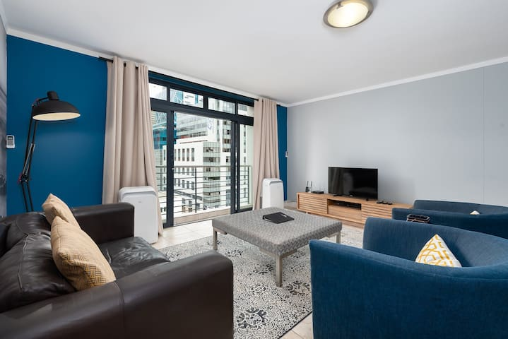 Quayside 702 - One Bedroom Apartment