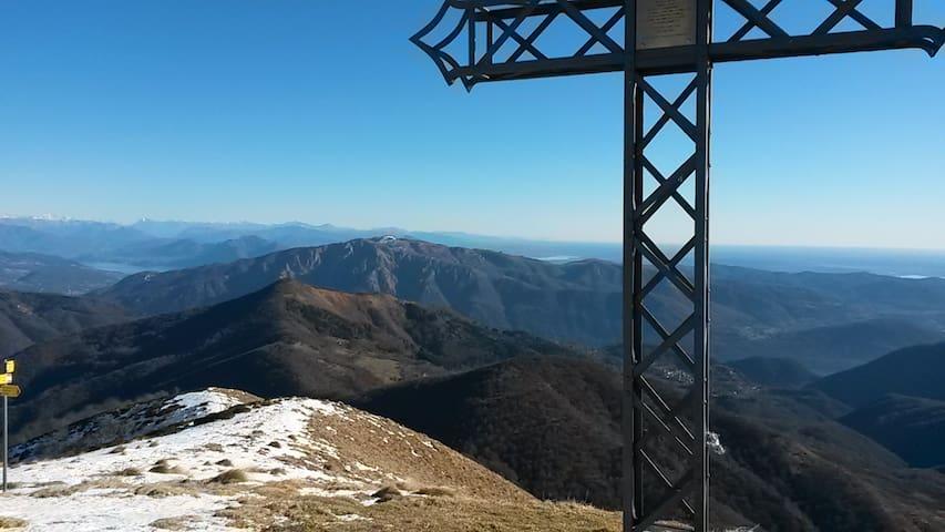 Monte Croce - Alpi Cusiane - La vetta più alta della conca del Lago d'Orta 1643 mslm