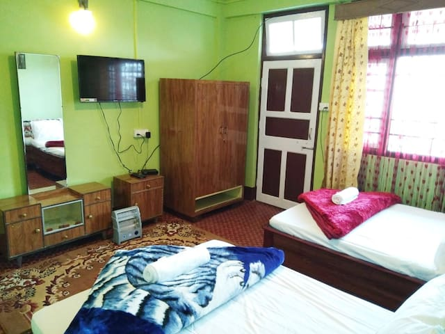 Aashirwaad Home Stay
