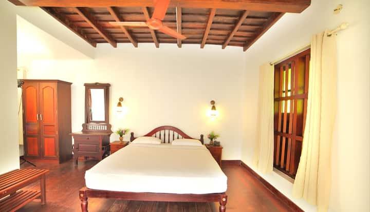 Coconut Room| Luxury 1 BR by Vembanad Lake