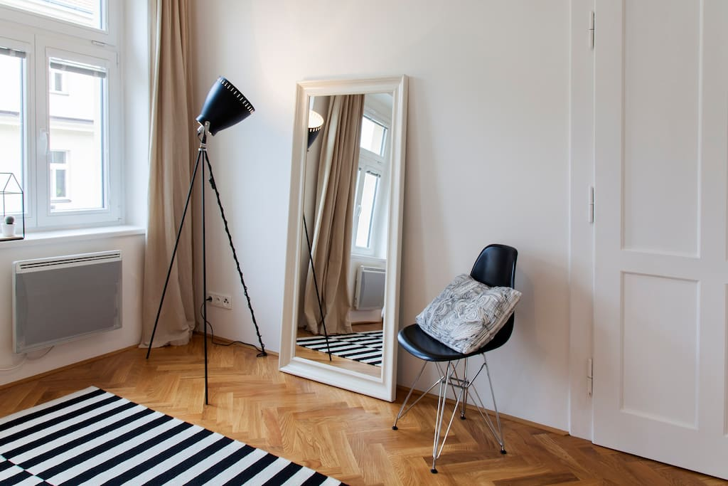 Get dressed and ready for the night life in Prague. Large mirror will help you to look fabulous :-)