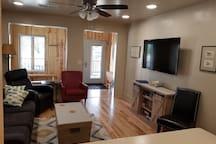 Living Room / TV