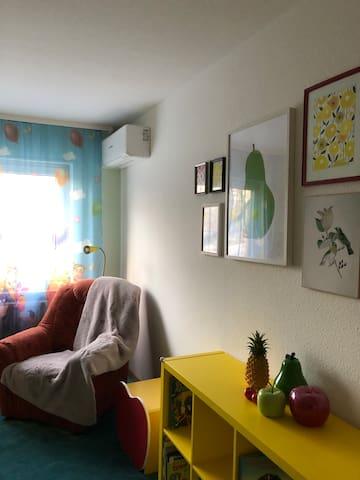 Kinderzimmer mit Klimaanlage