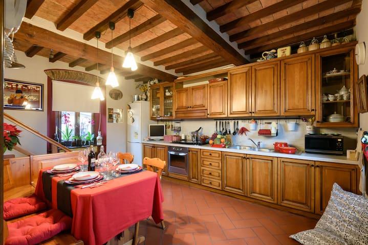 Villa Fiorita - Una finestra sul Casentino - Ortignano Raggiolo - Vila