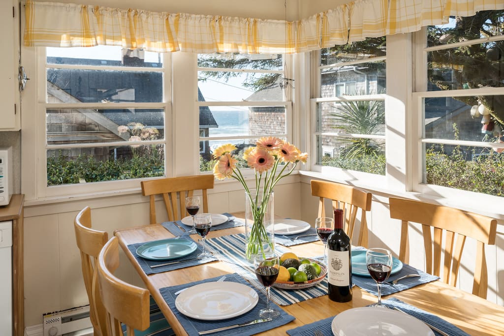 Enjoy leisurely meals and the ocean view at the dining table, seats 6