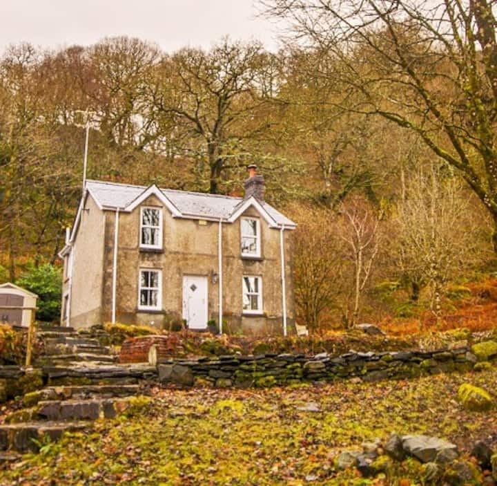 Tan-Y-Garth Cottage Snowdonia
