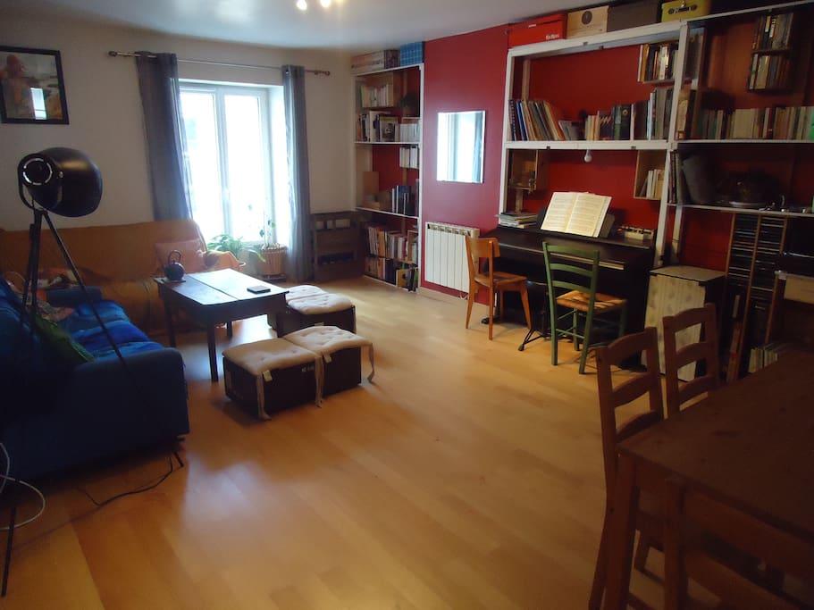 appartement cosy avec jardin collectif priv apartments for rent in nantes pays de la loire. Black Bedroom Furniture Sets. Home Design Ideas