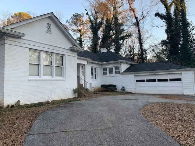 2 car garage and plenty of parking in a secluded gated house