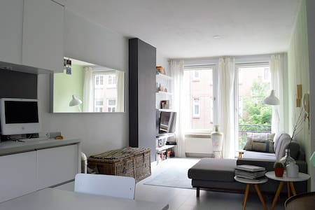 Amazing and very bright apartment @ great spot - Amsterdam - Apartment