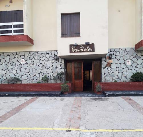 """LUGAR DE DESCANSO """"LOS CARACOLES"""" Dpto 7"""