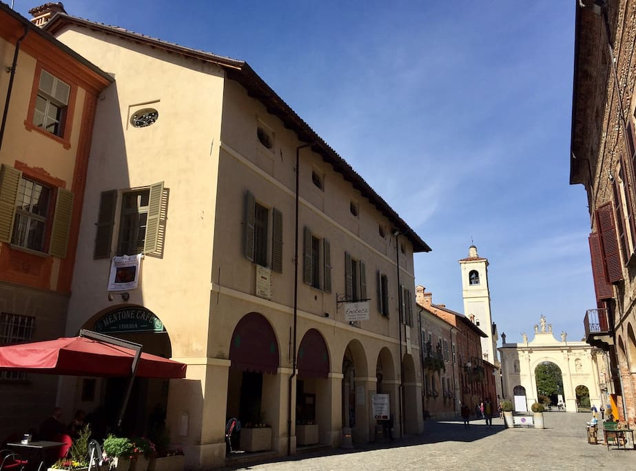 """The historical palace """"Palazzo Mentone"""", in the main (and most beautiful) street of the town. The attic is at the 2nd floor."""