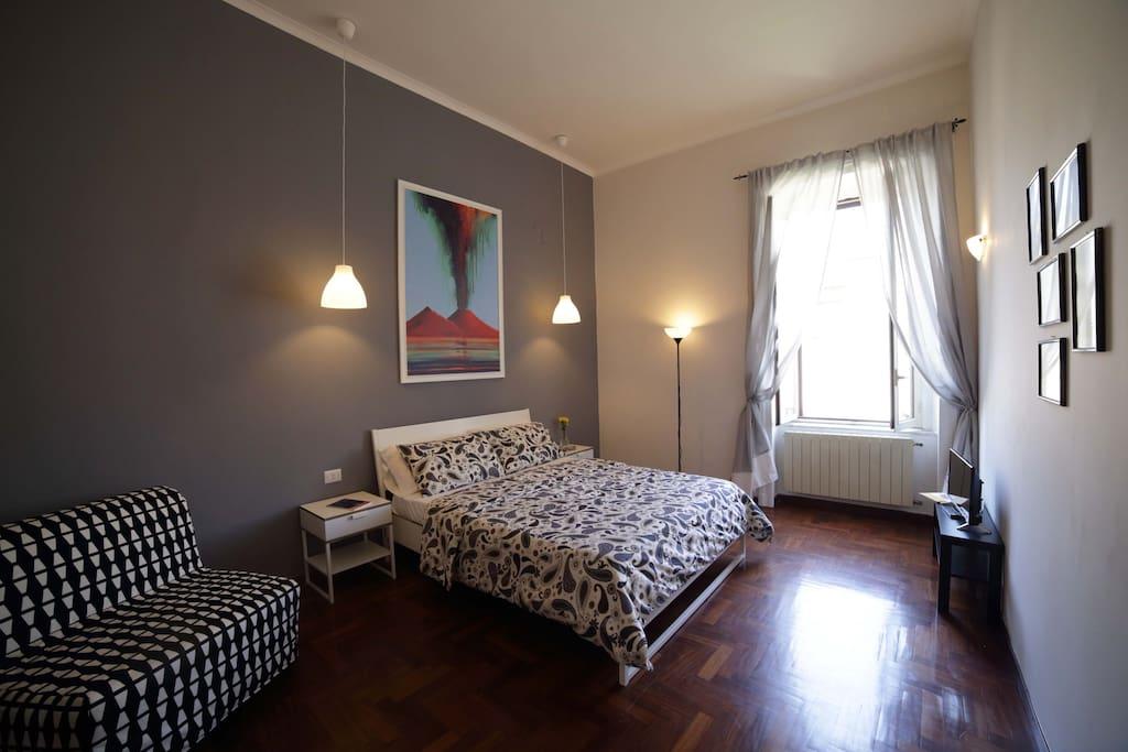 Imbriani 27 b b vesuvio multicolor condomini in for Airbnb napoli
