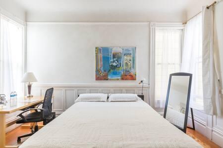 Private Room in a Strategic Area  near GG Bridge