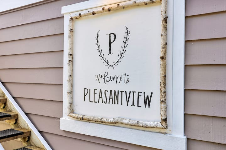 Pleasantview- spacious, serene studio