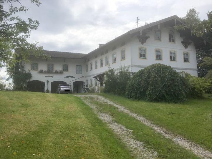 Historisches Bauernhaus im Chiemgau (9 Personen)