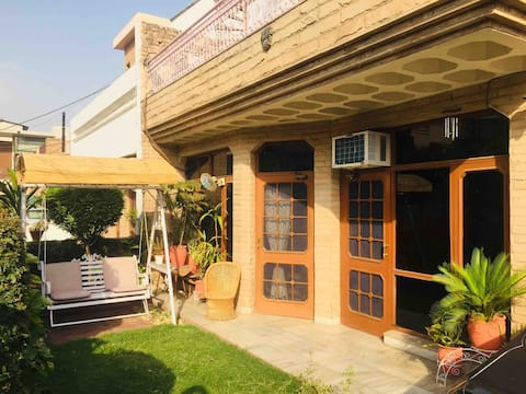 Peaceful stay in Panchkula, Ideal remote workspace
