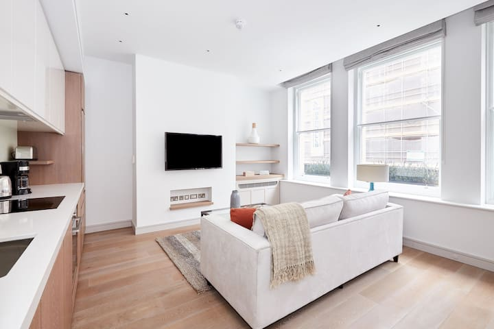 Sonder | Covent Garden Piazza | Cozy 1BR