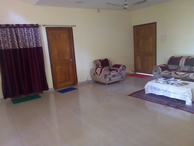 VILLA AC Room Near Airport Station City 1AC2