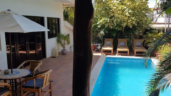 Casa Colibri luxury villa in town center w/ pool