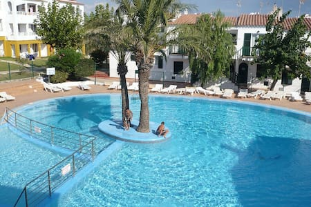 Beach apartment with swimming pool - Ciutadella de Menorca - Byt