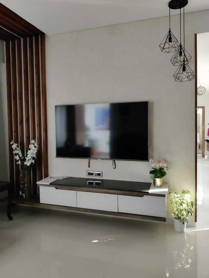 Modern  Apt in DOWN TOWN at Banjara Hills